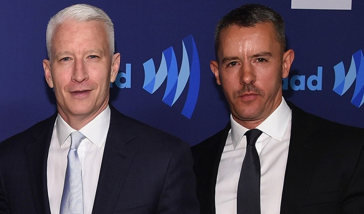 Anderson Cooper wiki, bio, age, wife, mother, net worth